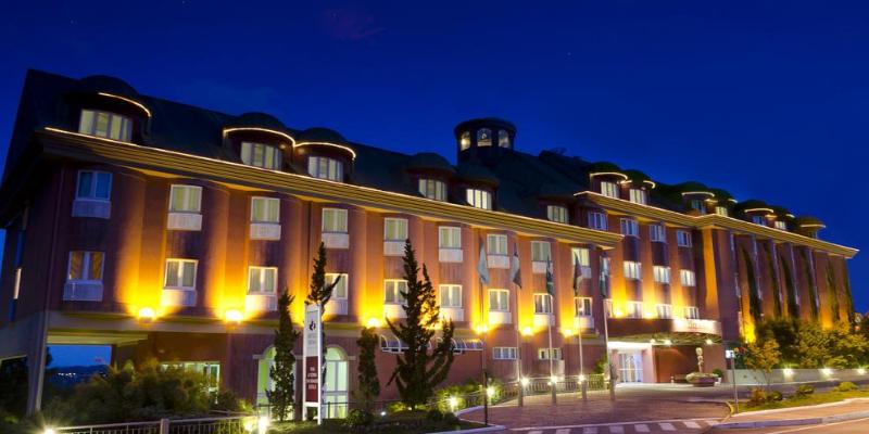 Hospedagem em Gramado - Hotel Laghetto Siena