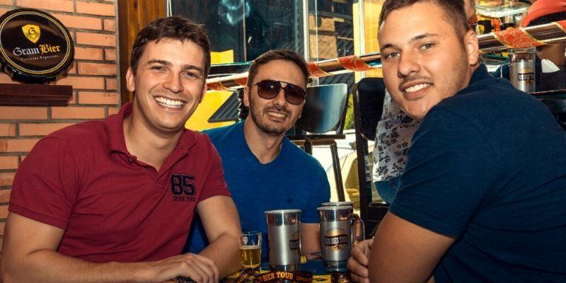 Cerveja artesanal em dose dupla no Bus Bier